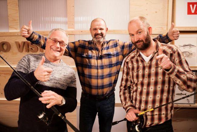 Ed Stoop (links) en Juul Steyn over het vissen in de stad en over Vis TV 2016