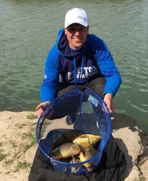 Marcel Boel met zijn vangst