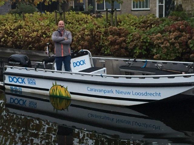 Erik Verloop neemt je als gids mee met zijn boot op de Loosdrechtse Plassen